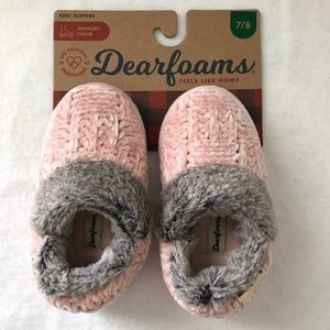 NEW! Kids Deerfoams Slippers